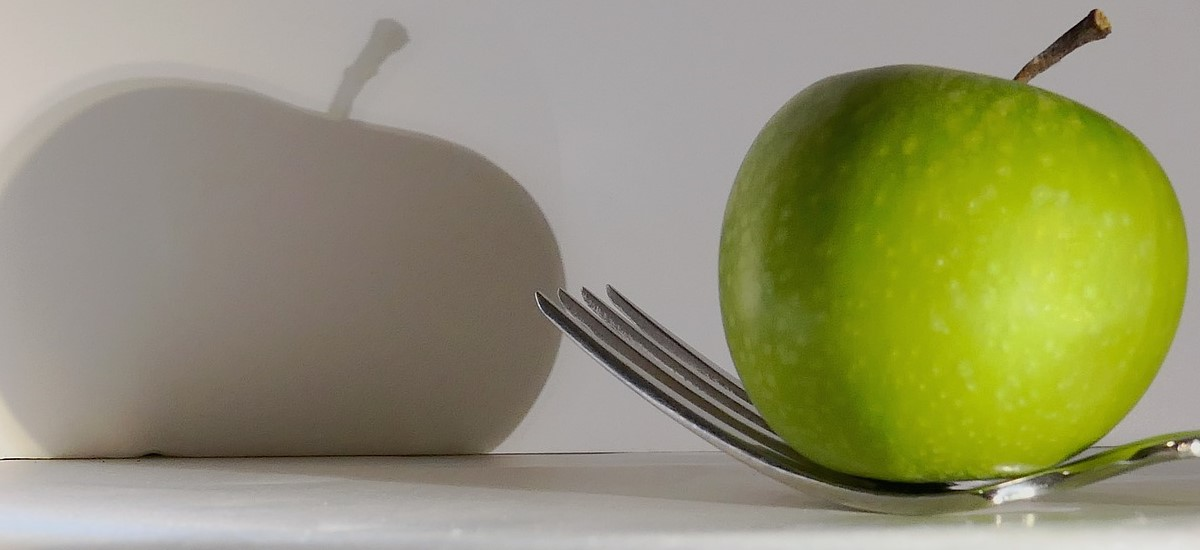Sweet and Sour Cabbage and Apples